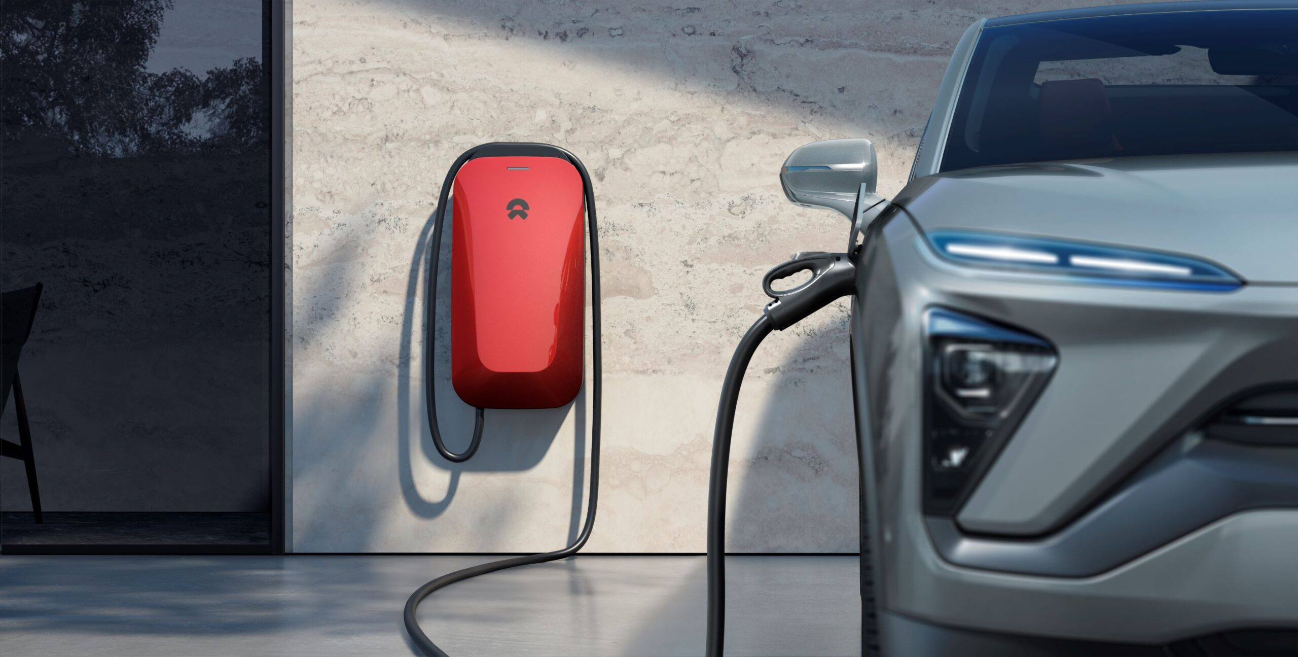 20200713_2091_NIO_POWER_Charger_Shot_Wide_Rev_E_CLIENT_FILE_editLI_02_Grey_Car_Red_Charger_small-1